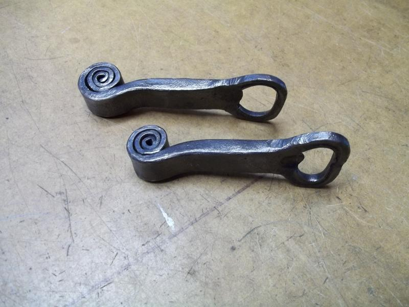 Name:  Bottle opener with coil 03.jpg Views: 1618 Size:  65.2 KB