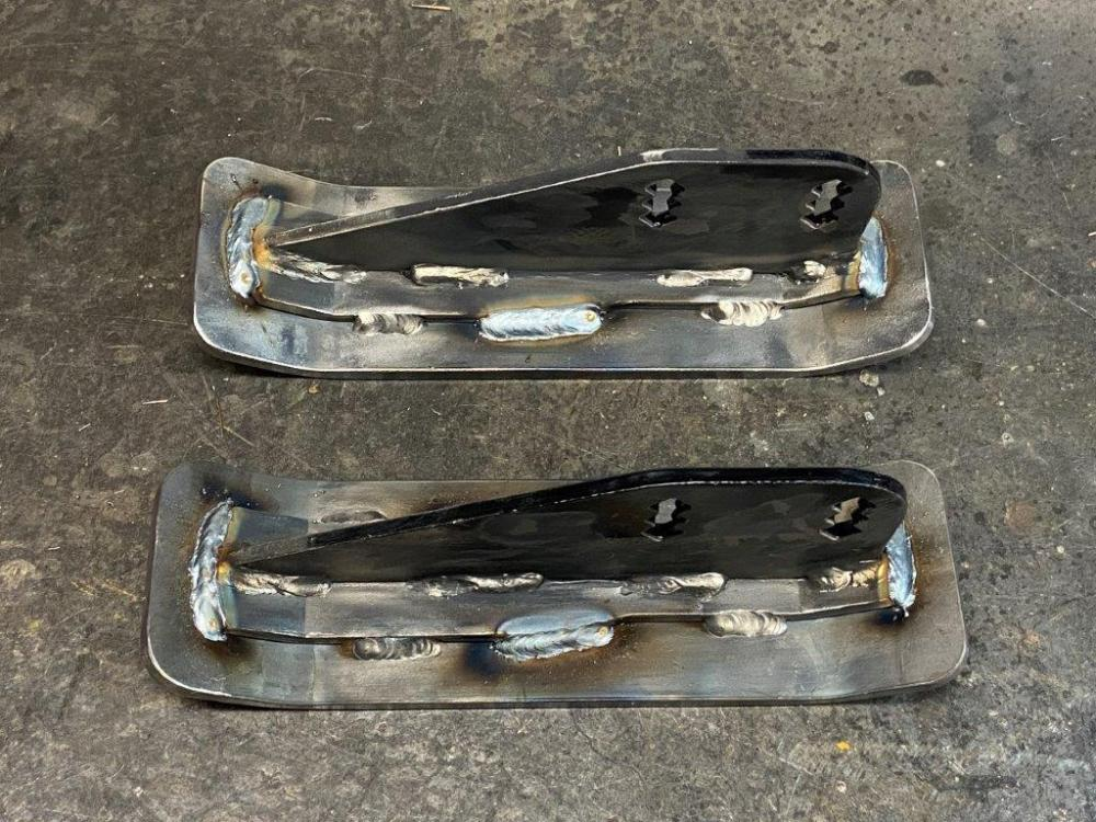 Name:  4. Two Skis Welded.jpg Views: 345 Size:  152.6 KB