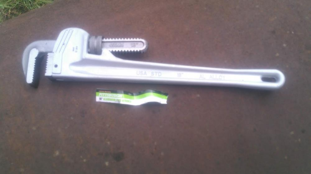 Name:  hf-pipewrench03.jpg Views: 765 Size:  34.9 KB