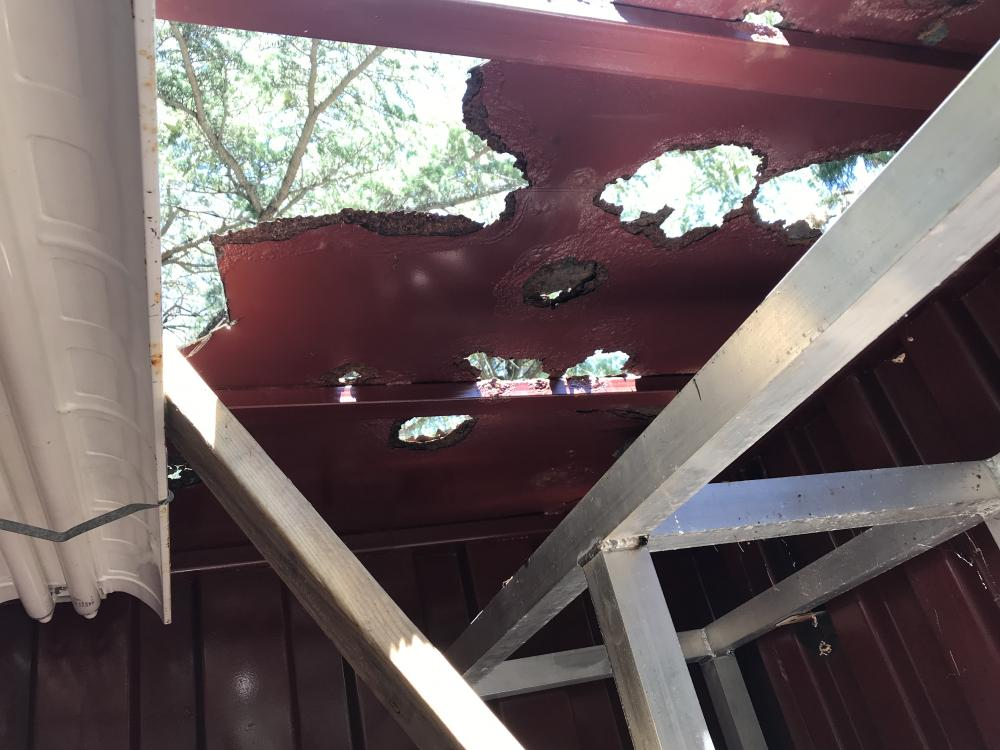 Name:  container roof.jpg Views: 306 Size:  88.9 KB
