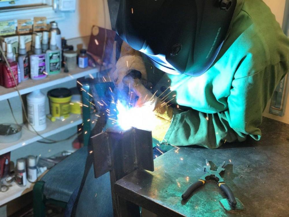 Name:  6. Me welding the end cap.jpg Views: 538 Size:  97.0 KB